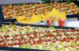 buffet-2331 / Zum Vergrößern auf das Bild klicken