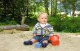 Sandkiste für die Kleinen / Zum Vergrößern auf das Bild klicken